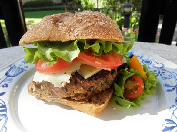 Guilt free homemade cheeseburger!