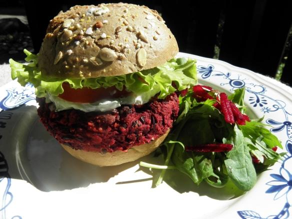 Beetroot & Blackbean burger!